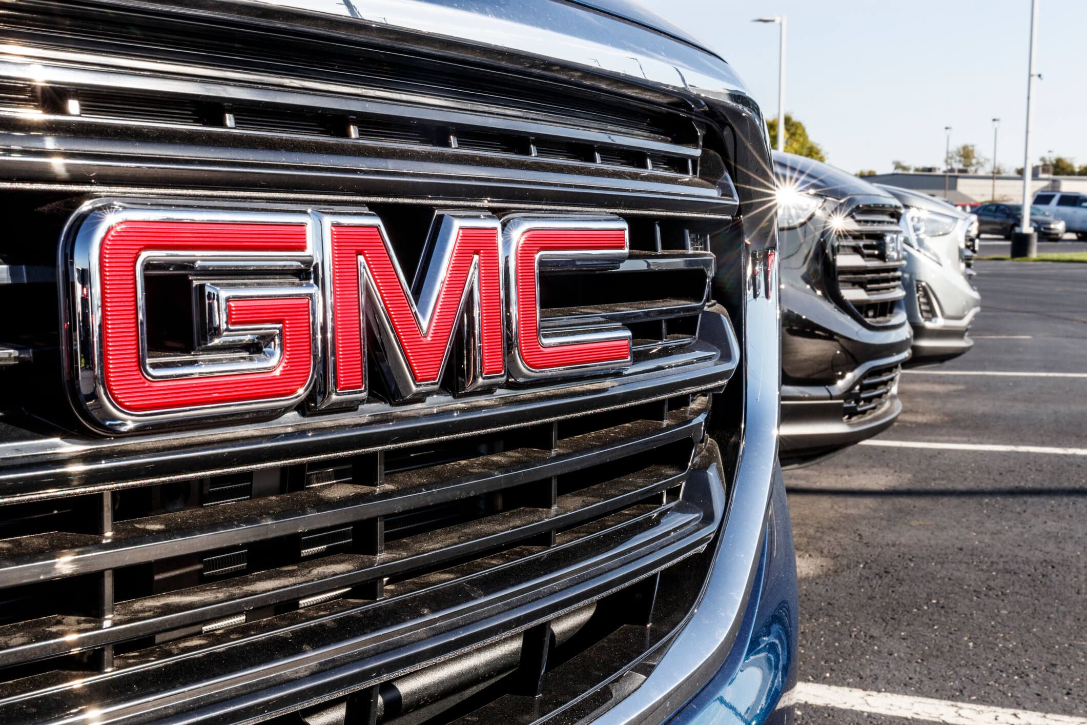 TheLemonFirm.com discusses the issues in GMC/Chevrolet issues with ESC warning lights and braking systems.